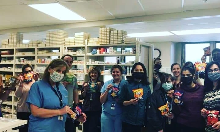 Team Axis Donates Snacks To Lakeshore General Hospital During COVID-19 Crisis